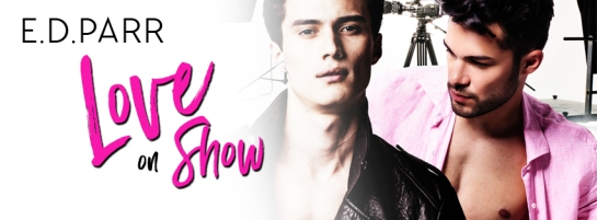 Love on Show-banner1